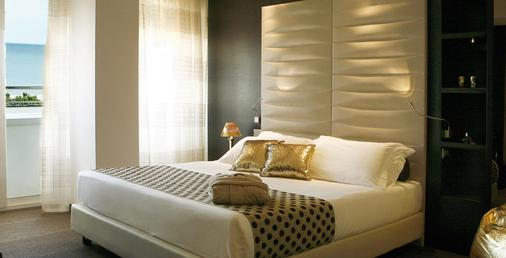 Hotel Dory & Suite - Riccione - Bedroom