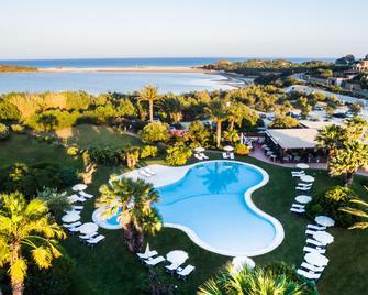Aquadulci Hotel - Domus de Maria - Piscina