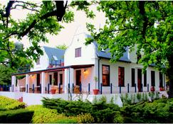 Vredenburg Manor House - Somerset West - Building