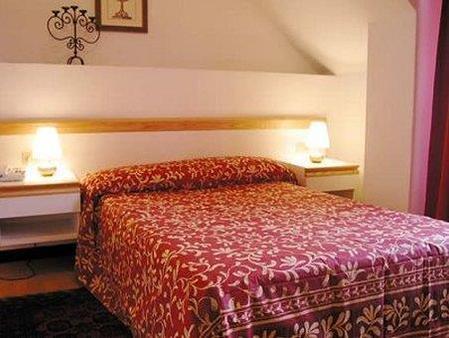Hotel Agnello D'Oro - Genoa - Bedroom