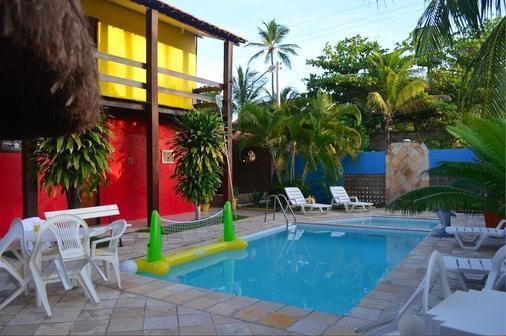 達人旅館 - 嘎林海斯港 - 游泳池