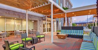 Home2 Suites By Hilton Baytown - Baytown - Patio