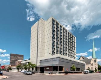 Holiday Inn Chicago North-Evanston - Эванстон - Здание