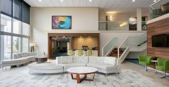 Fairfield Inn & Suites by Marriott Cincinnati North/Sharonville - Cincinnati - Sala de estar