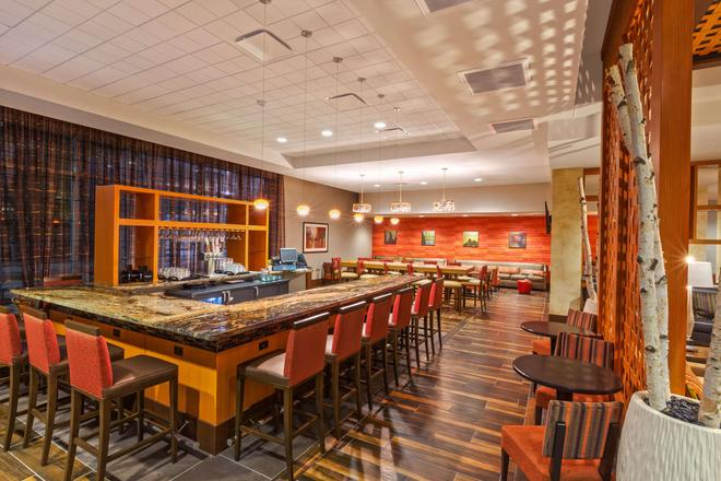Homewood Suites by Hilton Houston Downtown - Houston - Bar