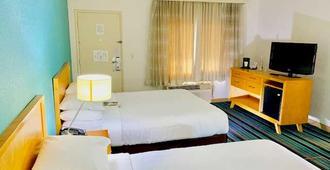 Good Nite Inn West Los Angeles-Century City - Los Angeles - Bedroom