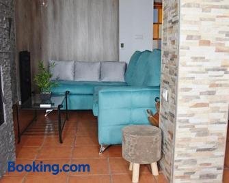 Casa El Simancón - Грасалема - Living room