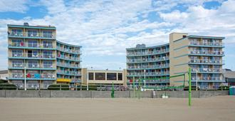 Quality Inn & Suites Oceanfront - Virginia Beach - Edificio