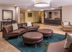 Candlewood Suites Topeka West - Τοπίκα - Σαλόνι ξενοδοχείου