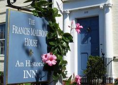 Francis Malbone House Inn - Newport - Vista del exterior