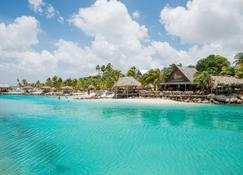 Lionsdive Beach Resort - Willemstad - Byggnad