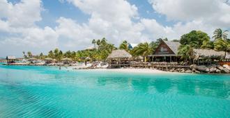 Lionsdive Beach Resort - ווילמסטאד - בניין