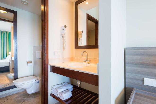 庫拉索島獅子潛水和海灘渡假村酒店 - 威廉斯塔德 - 威廉斯塔德 - 浴室