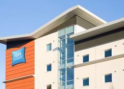 Ibis Budget Cardiff Centre - Cardiff - Building
