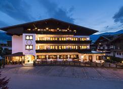 Hotel Zum Pinzger - Stumm - Building