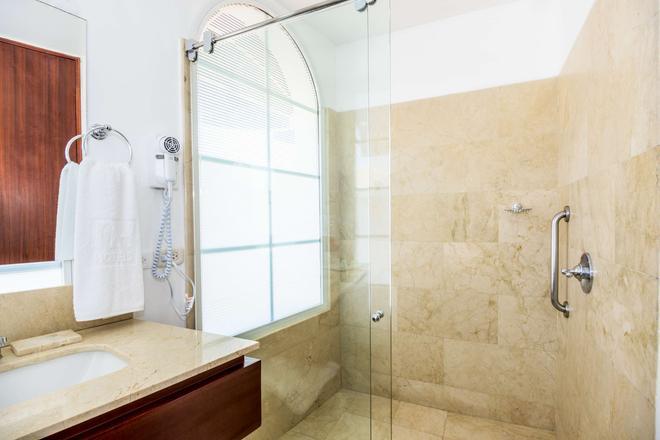 NH 卡塔赫納市皇家酒店 - 喀他基那 - 卡塔赫納 - 浴室