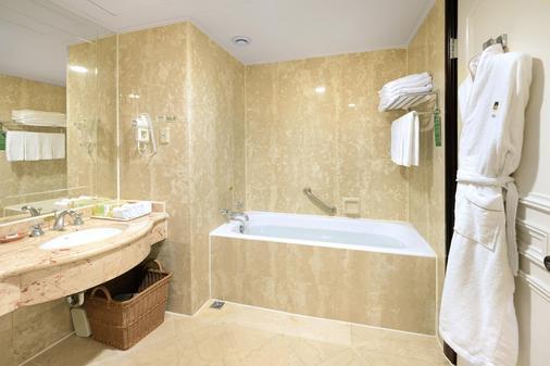 溪頭米堤大飯店 - 南投市 - 浴室