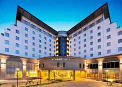 福朋喜來登酒店拉戈斯酒店 - 拉哥斯 - 拉哥斯 - 建築