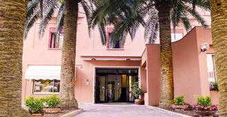 Hotel Palme - Monterosso al Mare - Rakennus