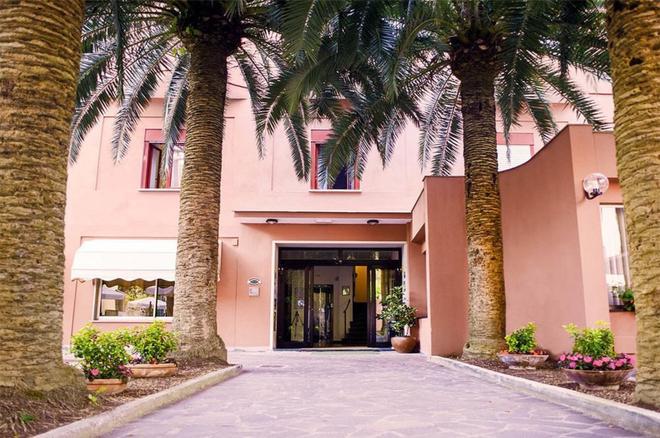 Hotel Palme - Monterosso al Mare - Κτίριο