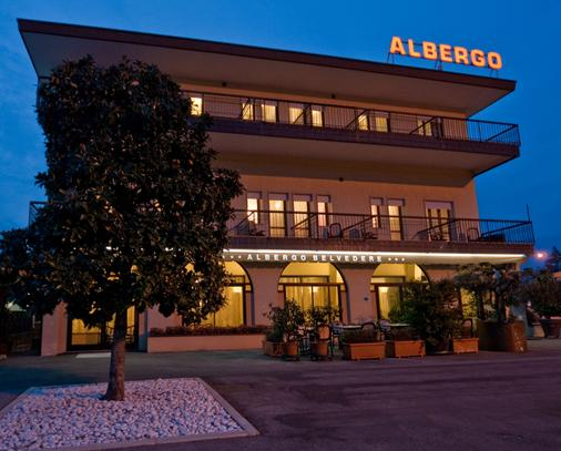 Albergo Ristorante Belvedere - Thiene - Building