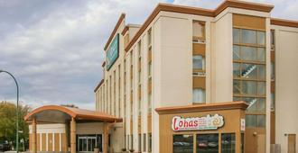 Quality Inn And Suites Winnipeg - Winnipeg - Gebäude