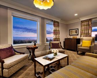 Claremont Club and Spa A Fairmont Hotel - Берклі - Вітальня