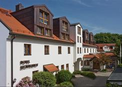 Hotel Lechnerhof - Unterfoehring - Building
