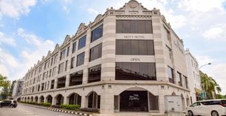 Moty Hotel - Malakka - Gebouw