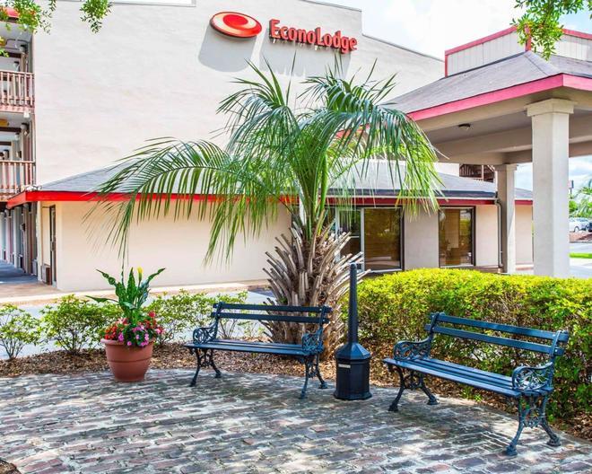 Econo Lodge - Summerville - Edificio