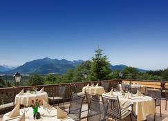 Hotel Restaurant Alpenhof - Übersee - Balcony
