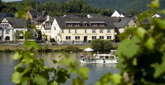 Winzerhotel - Restaurant Zum Moselstrand - Cochem