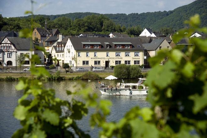 Winzerhotel - Restaurant Zum Moselstrand - Cochem - Gebouw