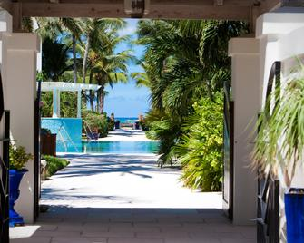 Point Grace - Providenciales - Pool