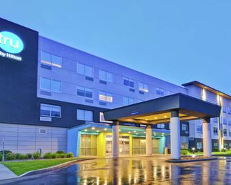Tru by Hilton Middletown - Middletown - Building