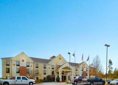 Comfort Inn and Suites at I-85 - Spartanburg - Edifício