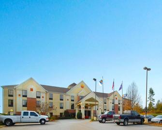 Comfort Inn and Suites at I-85 - Spartanburg - Building