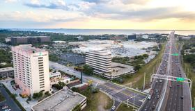 Embassy Suites by Hilton Tampa Airport Westshore - Tampa - Outdoors view