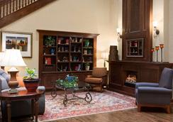 Country Inn & Suites Oklahoma City- Quail Springs - Οκλαχόμα Σίτι - Σαλόνι