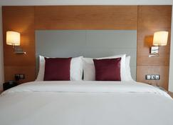 Star Land Hotel - Douala - Bedroom