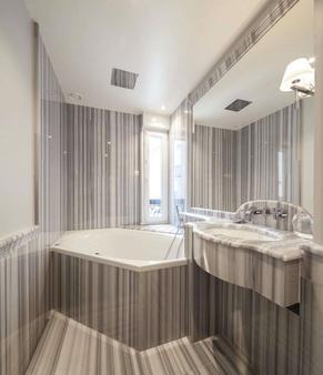 Hotel George Washington - Pariisi - Kylpyhuone