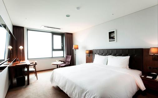 Grabel Hotel Jeju - Jeju City - Κρεβατοκάμαρα
