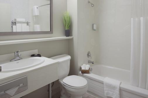 Stay Inn - Toronto - Phòng tắm