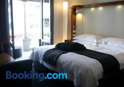Hotel on the Promenade - Cape Town - Bedroom