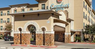 Comfort Inn Near Seaworld - Lackland Afb - San Antonio - Building