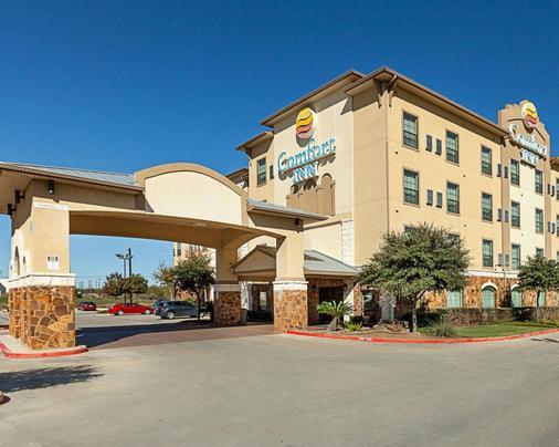 Comfort Inn Near Seaworld - Lackland Afb - San Antonio - Toà nhà
