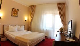 Hotel Stefani - Sibiu - Bedroom