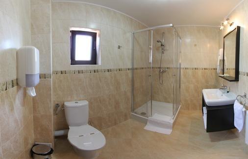 Hotel Stefani - Sibiu - Bathroom