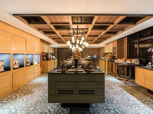 Citrus Grande Hotel Pattaya By Compass Hospitality - Pattaya - Buffet