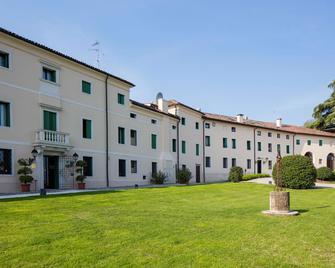 Villa Michelangelo Vicenza - Starhotels Collezione - Arcugnano - Building